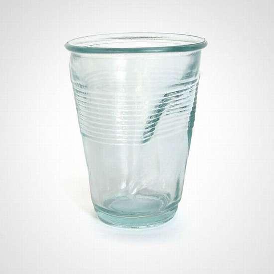 Παράξενα και εντυπωσιακά ποτήριαΠαράξενα και εντυπωσιακά ποτήρια (20)