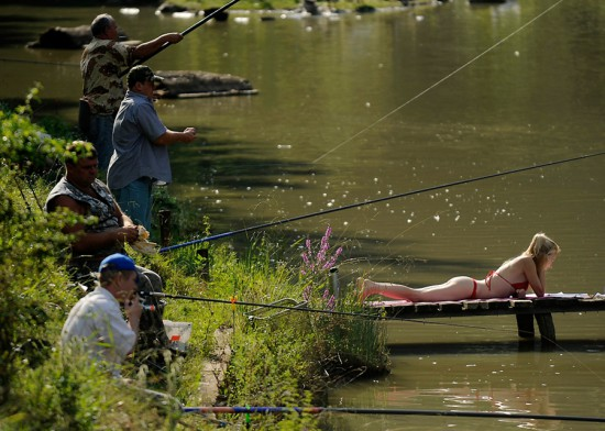 Φωτογραφία της ημέρας: Ψάρεμα με... θέα