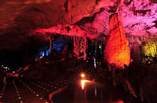 Reed Flute Cave (3)