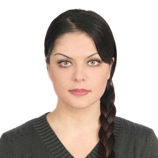 Μια κοπέλα που κατέστρεψε το όμορφο πρόσωπο της (4)