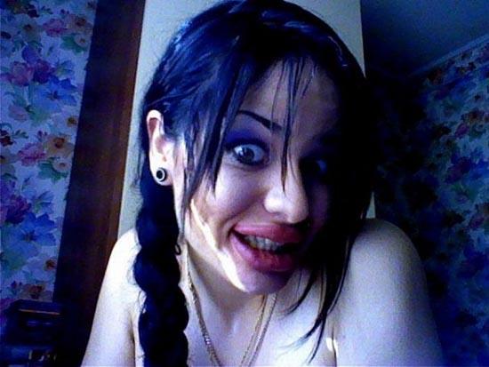 Μια κοπέλα που κατέστρεψε το όμορφο πρόσωπο της (5)