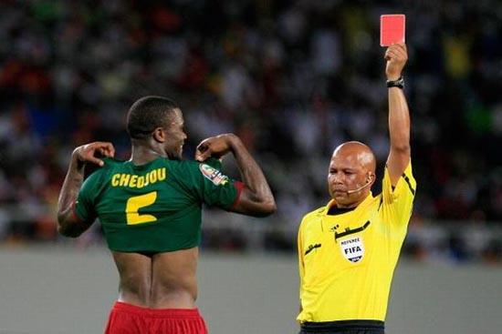 Αστείες ποδοσφαιρικές στιγμές (12)