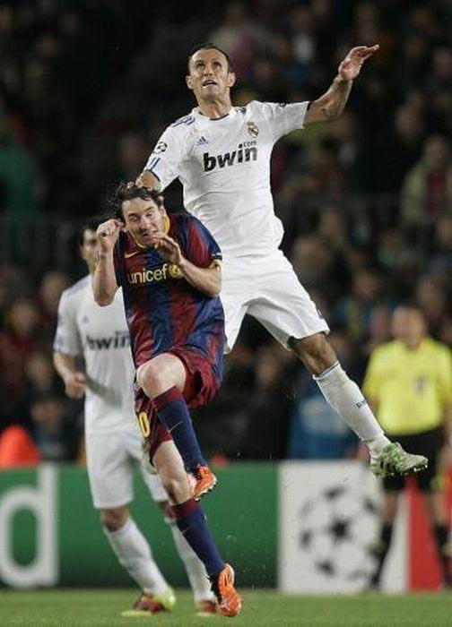 Αστείες ποδοσφαιρικές στιγμές (8)