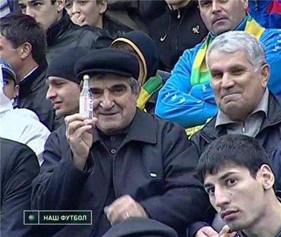 Αστείες ποδοσφαιρικές στιγμές (1)