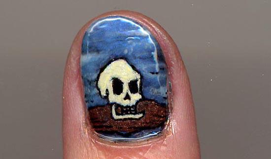 Ασυνήθιστα σχέδια σε νύχια (2)