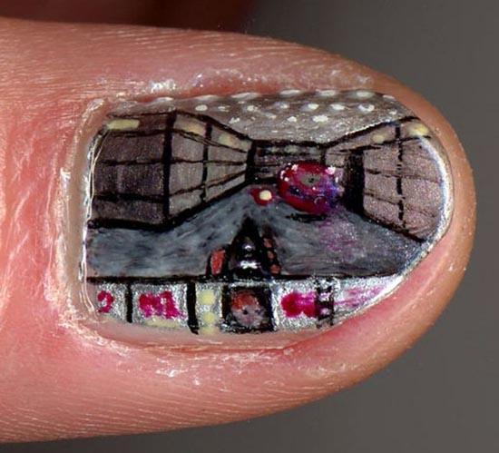 Ασυνήθιστα σχέδια σε νύχια (10)