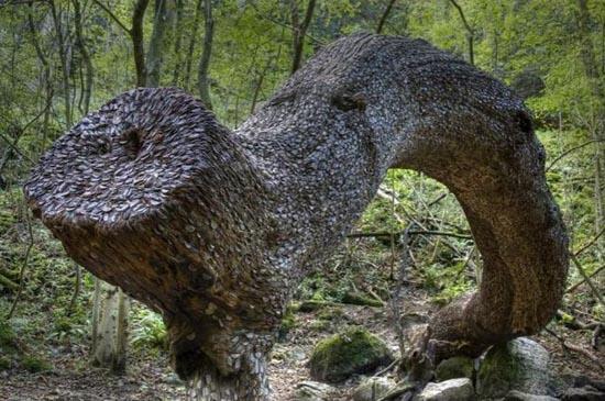 Το δένδρο των κερμάτων που φέρνει καλή τύχη (1)