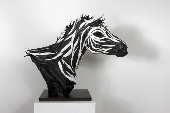 Εντυπωσιακά γλυπτά φτιαγμένα από ελαστικά (11)