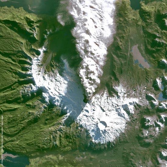 Εκπληκτικές φωτογραφίες ηφαιστείων από το διάστημα (27)