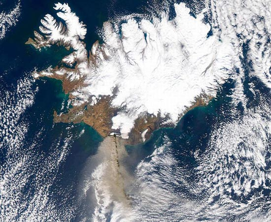 Εκπληκτικές φωτογραφίες ηφαιστείων από το διάστημα (24)
