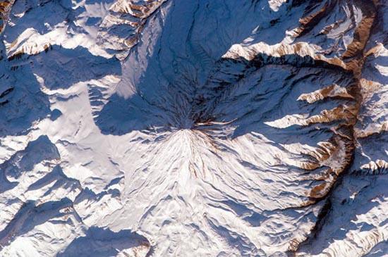 Εκπληκτικές φωτογραφίες ηφαιστείων από το διάστημα (18)