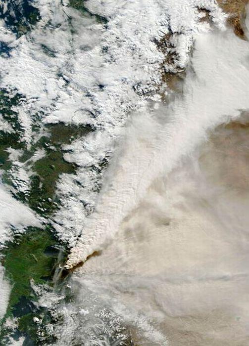 Εκπληκτικές φωτογραφίες ηφαιστείων από το διάστημα (6)