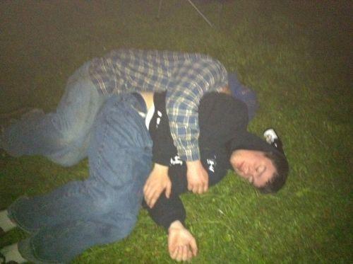 Μεθυσμένοι σε αστείες φωτογραφίες (15)