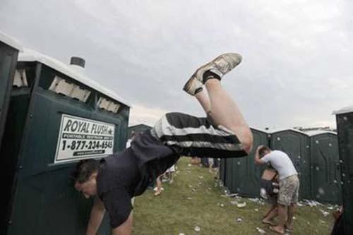 Μεθυσμένοι σε αστείες φωτογραφίες (12)