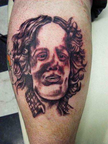 Παράξενα τατουάζ (4)