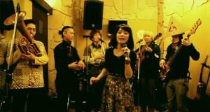 «Σήκω χόρεψε κουκλί μου» από Ιαπωνικό συγκρότημα (Video)