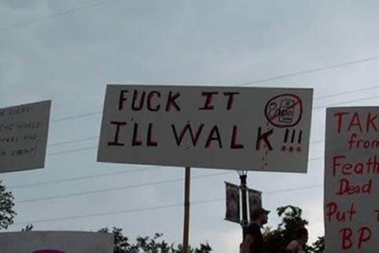 Ξεκαρδιστικές επιγραφές διαμαρτυρίας (5)