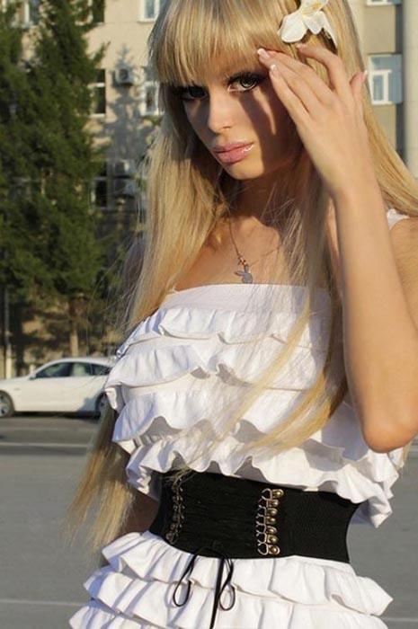 Ζωντανή Barbie (4)