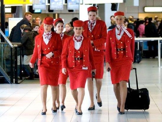 Αεροσυνοδοί απ'όλο τον κόσμο (12)