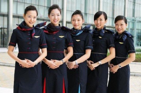 Αεροσυνοδοί απ'όλο τον κόσμο (19)