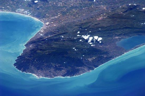 Απίστευτα τοπία από το διάστημα (8)
