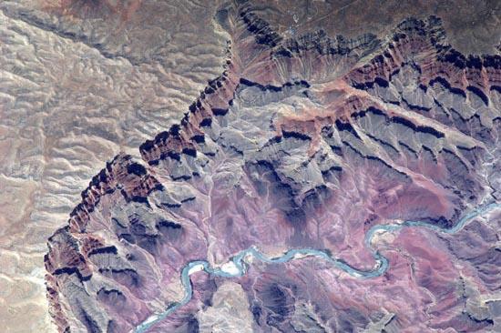 Απίστευτα τοπία από το διάστημα (9)