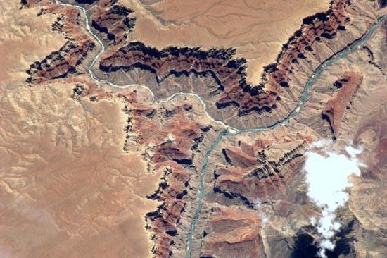 Απίστευτα τοπία από το διάστημα (10)