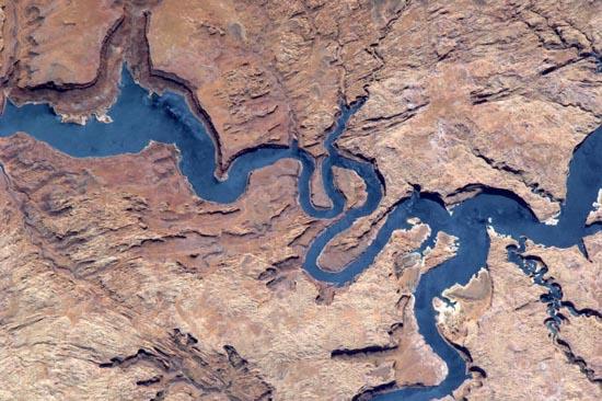 Απίστευτα τοπία από το διάστημα (12)