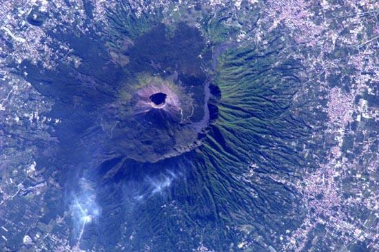 Απίστευτα τοπία από το διάστημα (17)