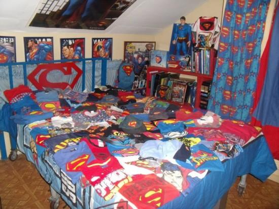 Έκανε πλαστική για να μοιάζει στον Superman! (4)