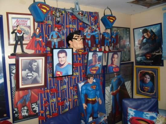 Έκανε πλαστική για να μοιάζει στον Superman! (6)