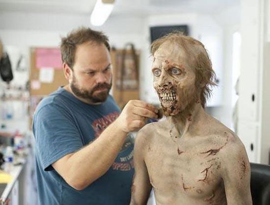 Εντυπωσιακή μεταμφίεση σε Zombie (6)