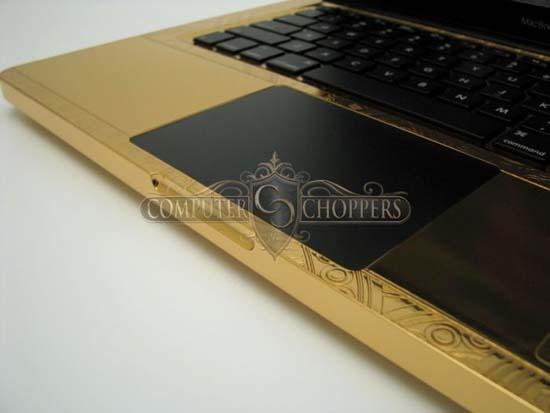 MacBook Pro από χρυσό και διαμάντια 24 καρατίων (9)