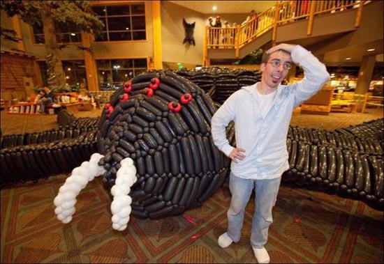 Η μεγαλύτερη δημιουργία από μπαλόνια στον κόσμο (5)