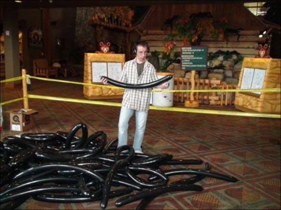 Η μεγαλύτερη δημιουργία από μπαλόνια στον κόσμο (1)