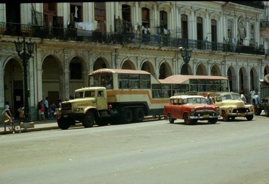 Μέσα μαζικής μεταφοράς στην Κούβα (9)