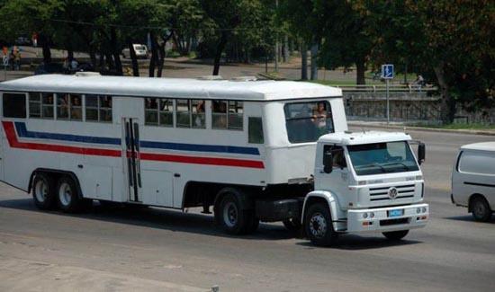Μέσα μαζικής μεταφοράς στην Κούβα (8)