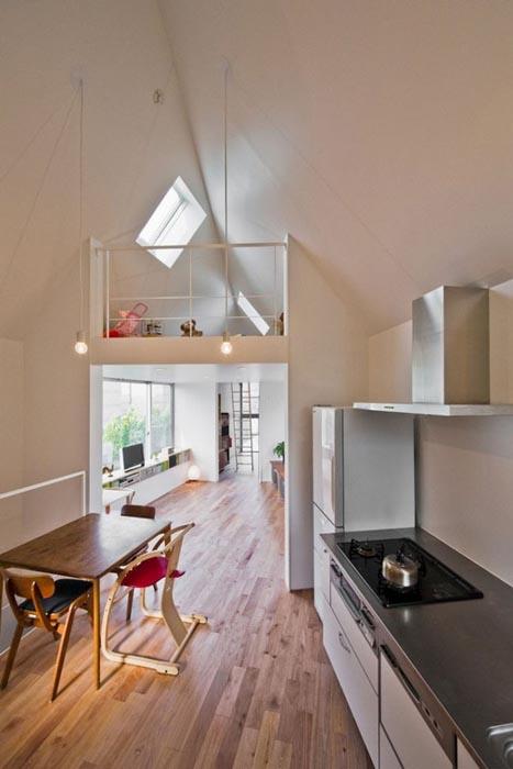 Μικροσκοπικό και μινιμαλιστικό σπίτι στο Τόκιο (3)