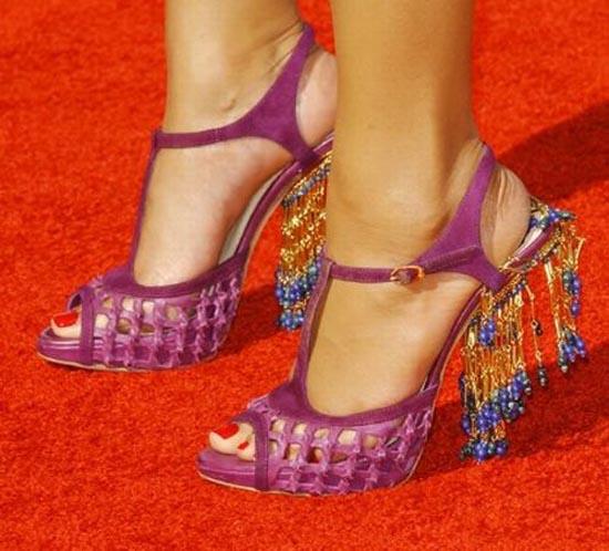 Παράξενα παπούτσια διασήμων (1)