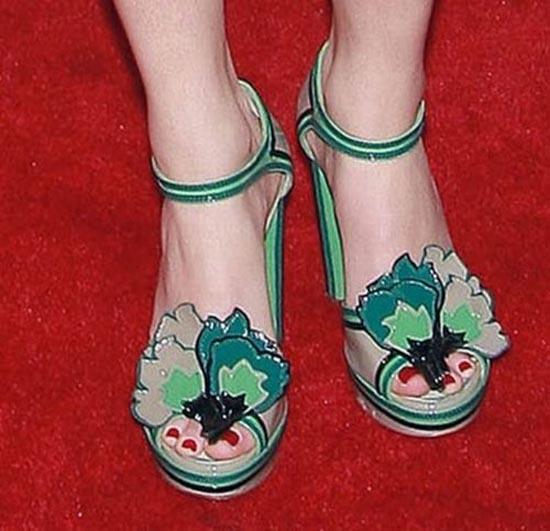 Παράξενα παπούτσια διασήμων (16)
