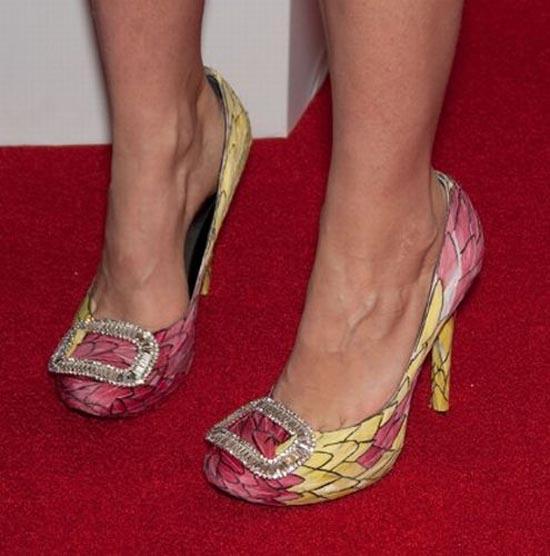 Παράξενα παπούτσια διασήμων (24)