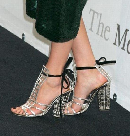 Παράξενα παπούτσια διασήμων (26)