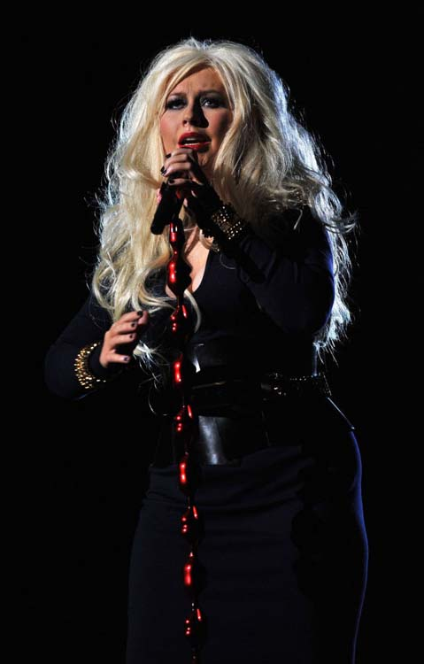 Η σοκαριστική αλλαγή της Christina Aguilera (3)