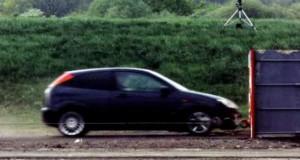 Το ταχύτερο crash test που έγινε ποτέ (Συγκλονιστικό Video)