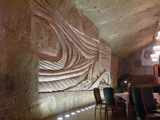 Wieliczka Salt Mine (6)