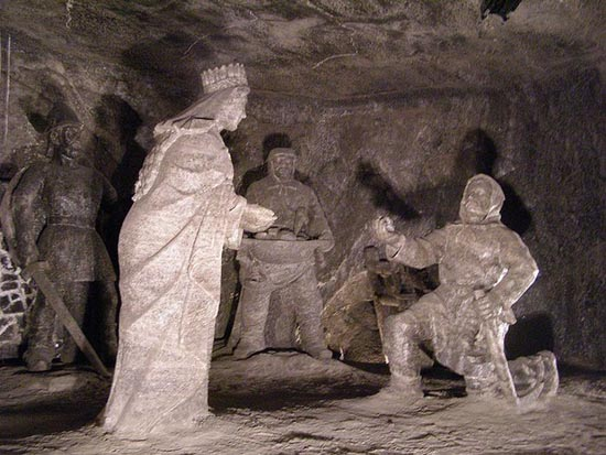 Wieliczka Salt Mine (7)