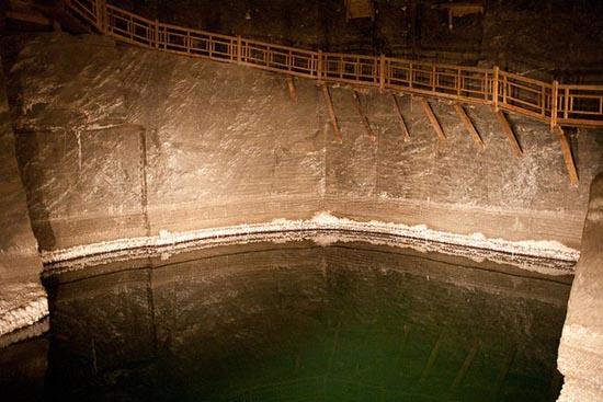 Wieliczka Salt Mine (15)