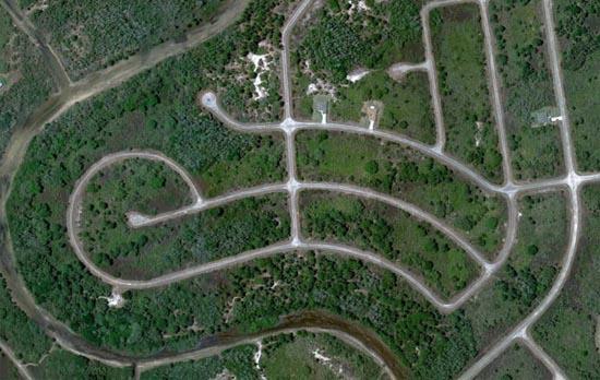 Ανθρώπινες δημιουργίες σε εντυπωσιακές δορυφορικές φωτογραφίες (13)