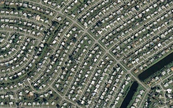 Ανθρώπινες δημιουργίες σε εντυπωσιακές δορυφορικές φωτογραφίες (16)
