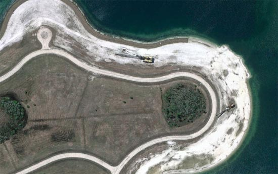 Ανθρώπινες δημιουργίες σε εντυπωσιακές δορυφορικές φωτογραφίες (26)